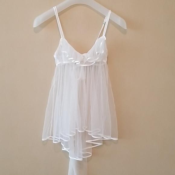 Victoria Secret white slip
